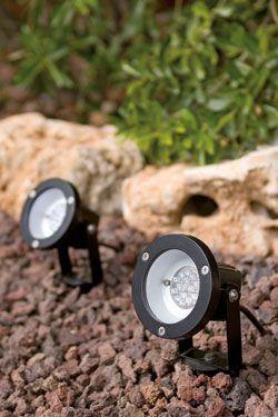 Focos de exterior con tecnolog a led focos exterior jardin for Luces para jardin exterior