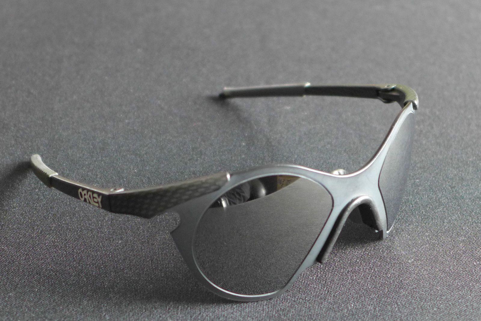 1f73bf6f1a Oakley Sub Zeros