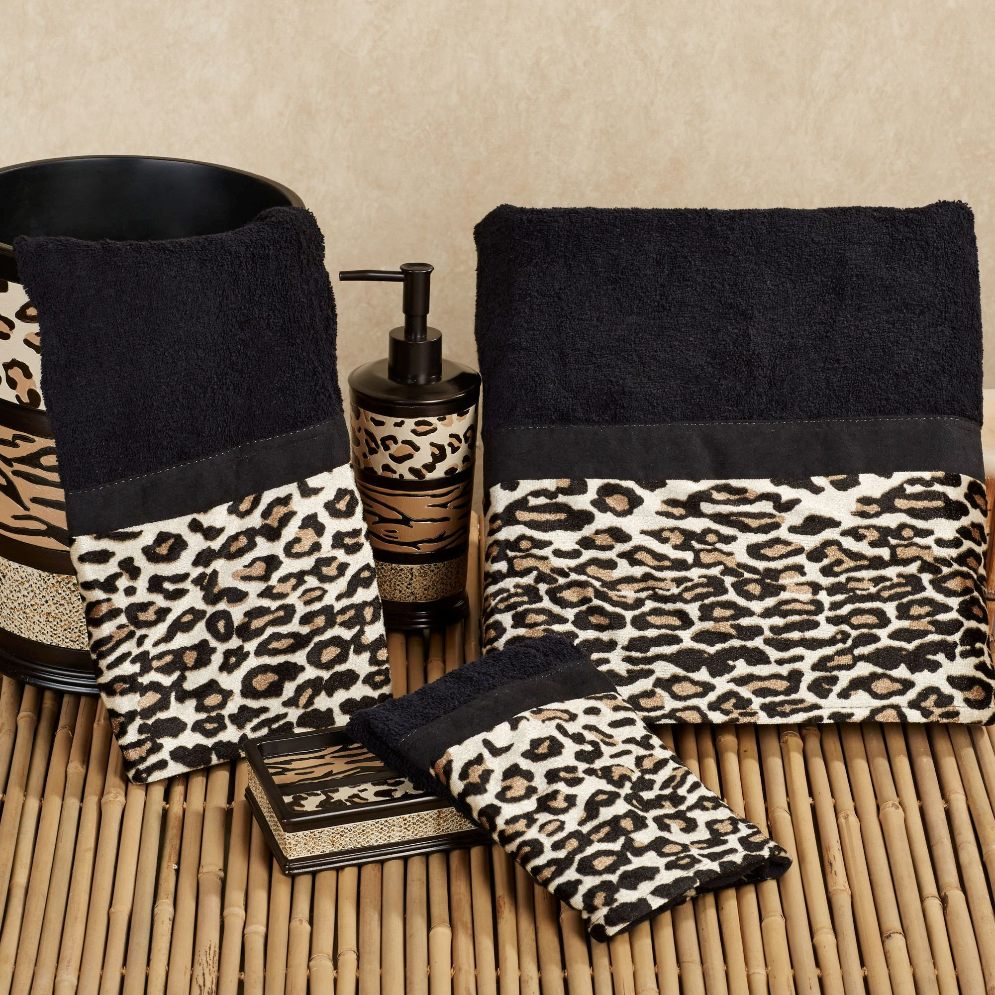 Gazelle Bath Towels Black Hand