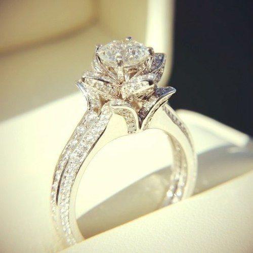 Large Diamond Ring love wedding beautiful jewelry pretty rings ...
