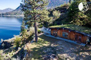 Secluded Cabin with Amazing Mountain Views on Lake Chelan