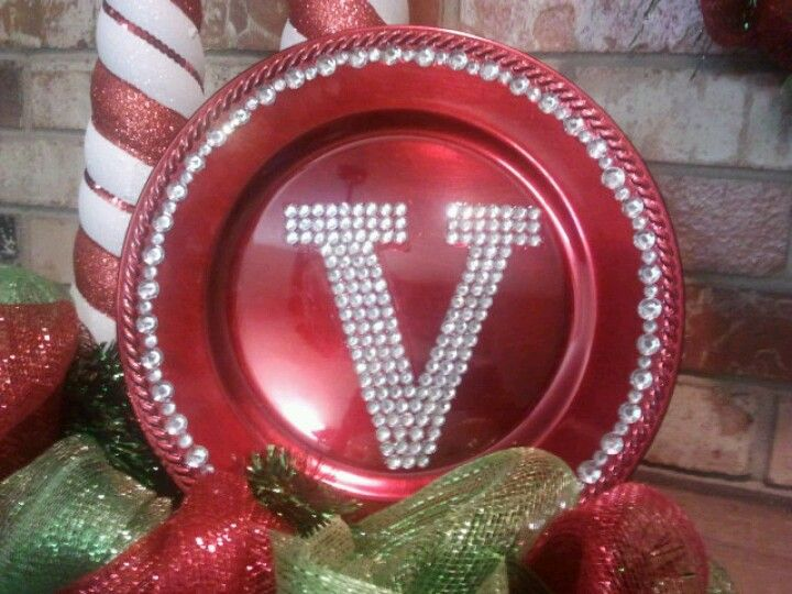 Cute DIY!! Cheap charger plate from hobby lobby, tacky glue, bling