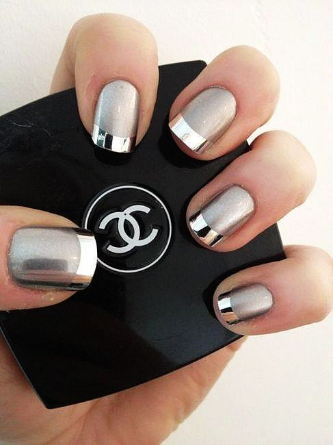 chanel silver nails