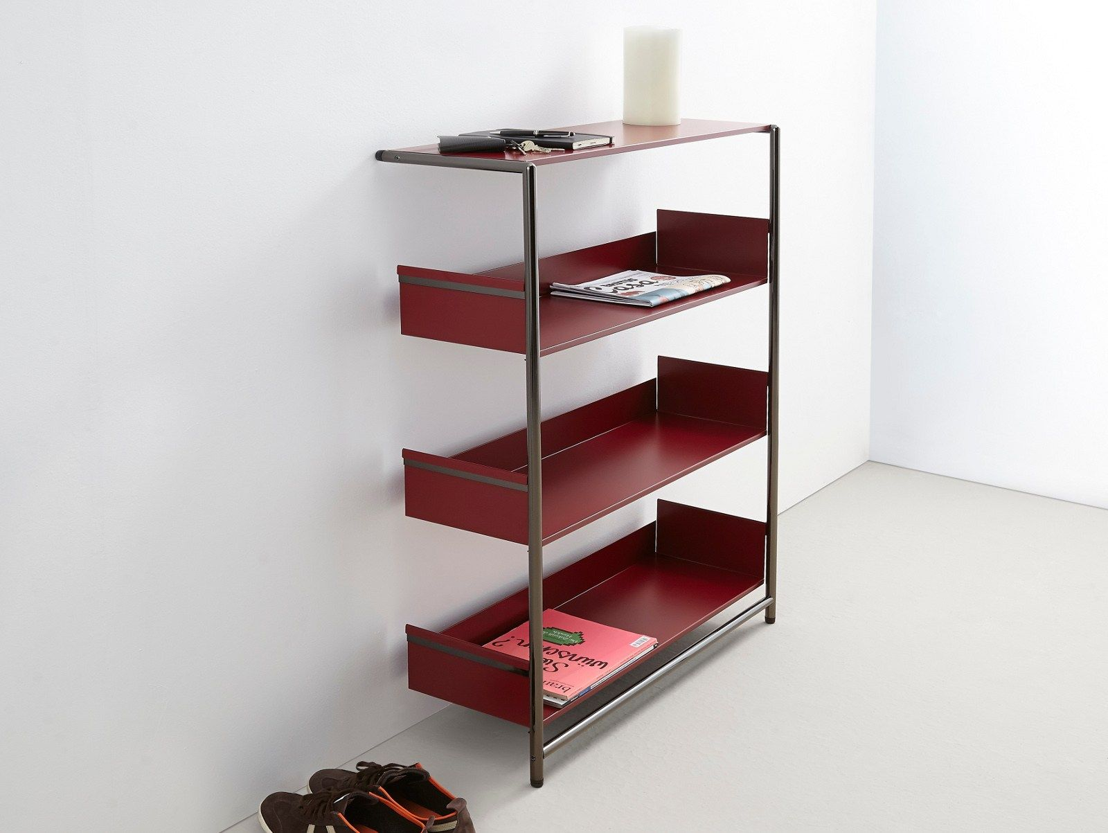 Lacquered powder coated steel shelving unit POOL 110 By