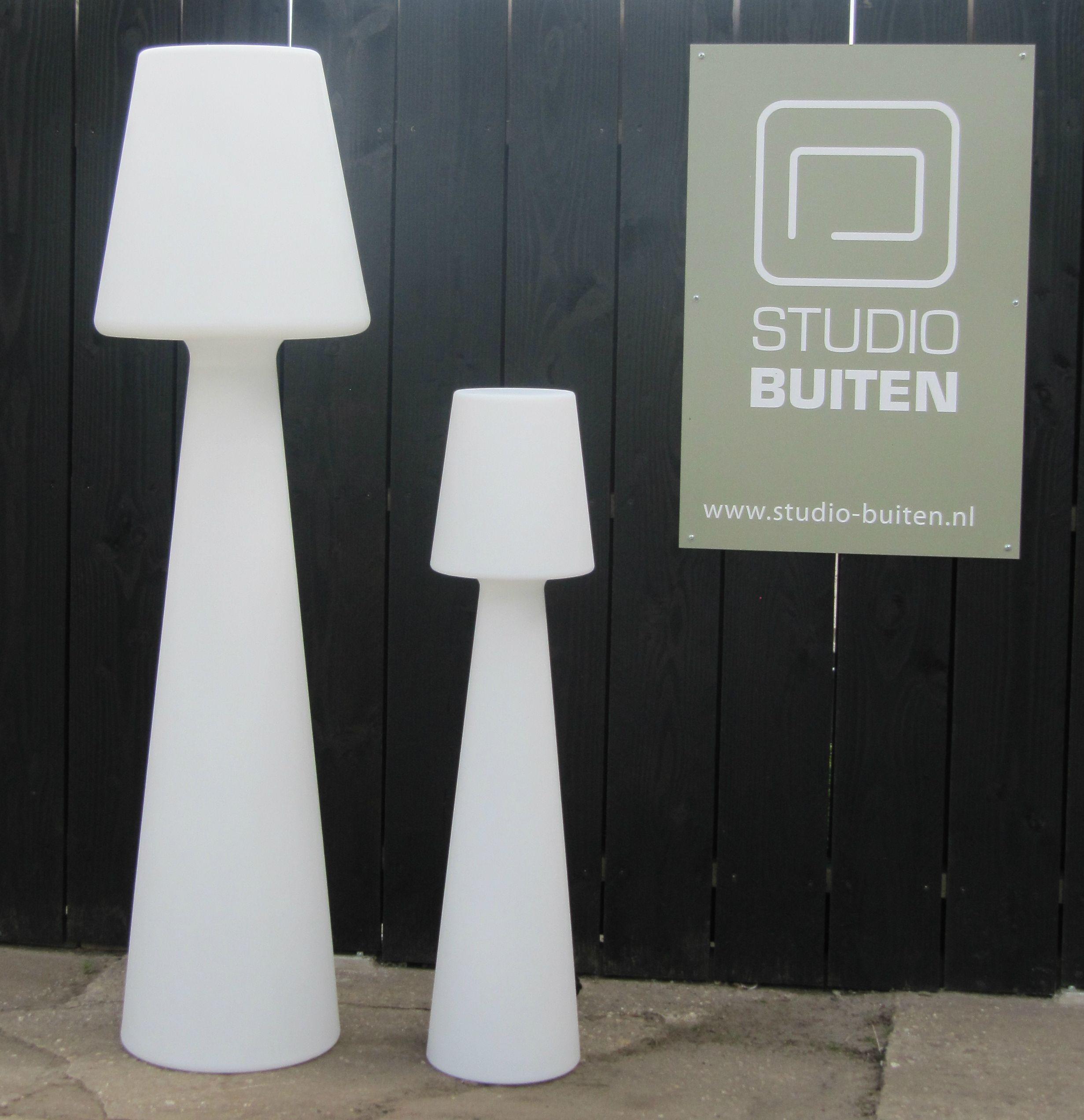 Exclusieve staande lamp voor terras en balkon leverbaar in 119 cm en 165 cm - Buitenverlichting design tuin ...