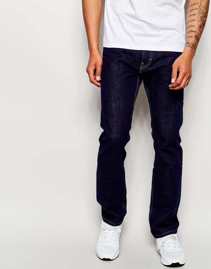 """Jeans von Patagonia aus 12,5 Unzen schwerem, biologischem Denim Jeansstoff ohne Stretchanteil normale Bundhöhe Reißverschluss Straight Fit - gerader Beinschnitt Maschinenwäsche 100% Baumwolle Unser Model trägt Größe 81 cm/32"""" und ist 188 cm/6 Fuß 2 Zoll groß"""