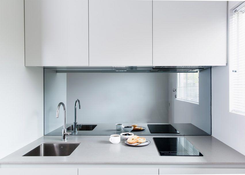 bellevue hill apartment by dominic kuneman | interior design, Innenarchitektur ideen