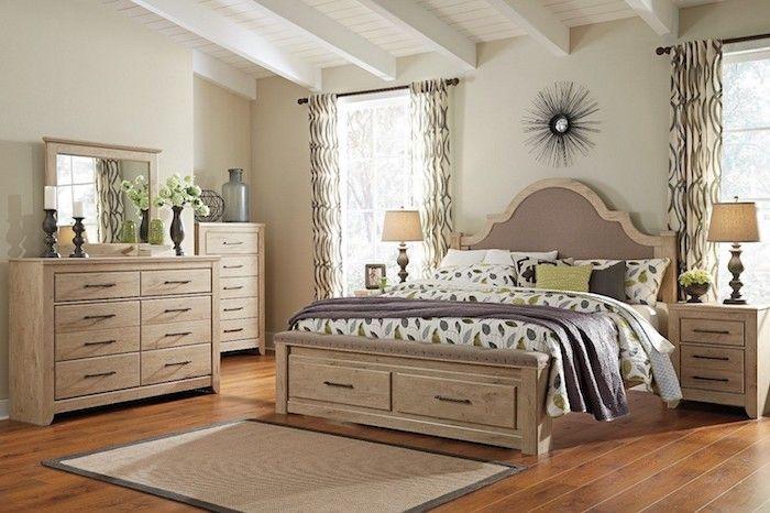 Schlafzimmer Einrichten Beispiele, Beige, Schubladen, Schränke, Spiegel,  Deko Ideen, Lampe