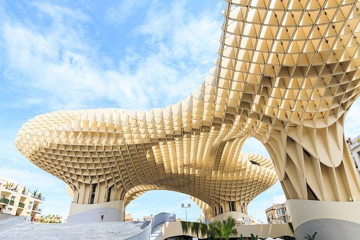 Las Setas de Sevilla también conocidas como Metropol Parasol es la ...