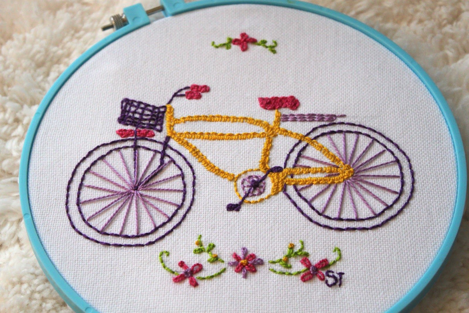 Easy embroidery embroidery projects are so easy and rewarding a easy embroidery embroidery projects are so easy and rewarding a great couch project dt1010fo