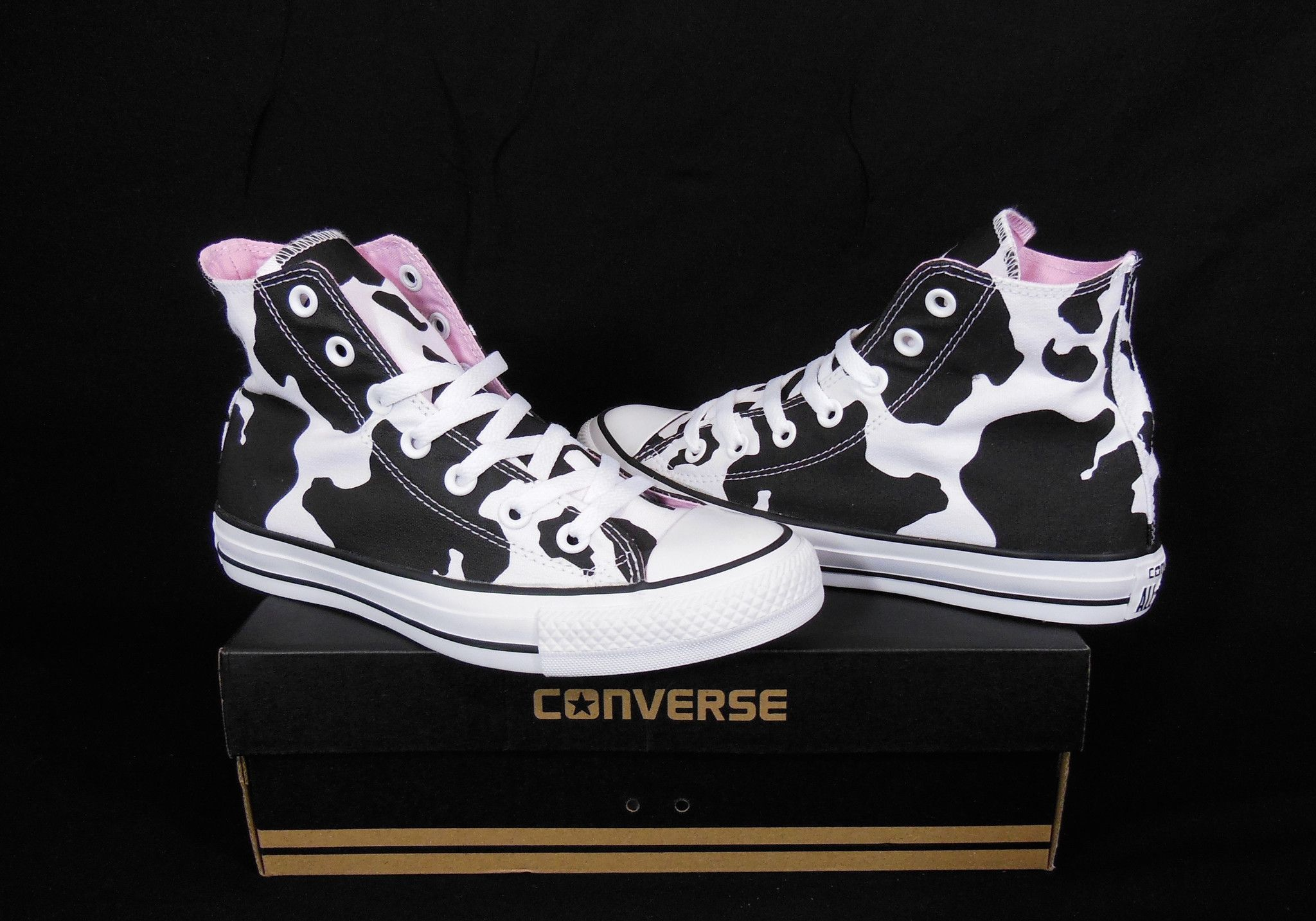 Converse Cow prints All Star Chuck Taylor Black & White Kicks / Sneakers