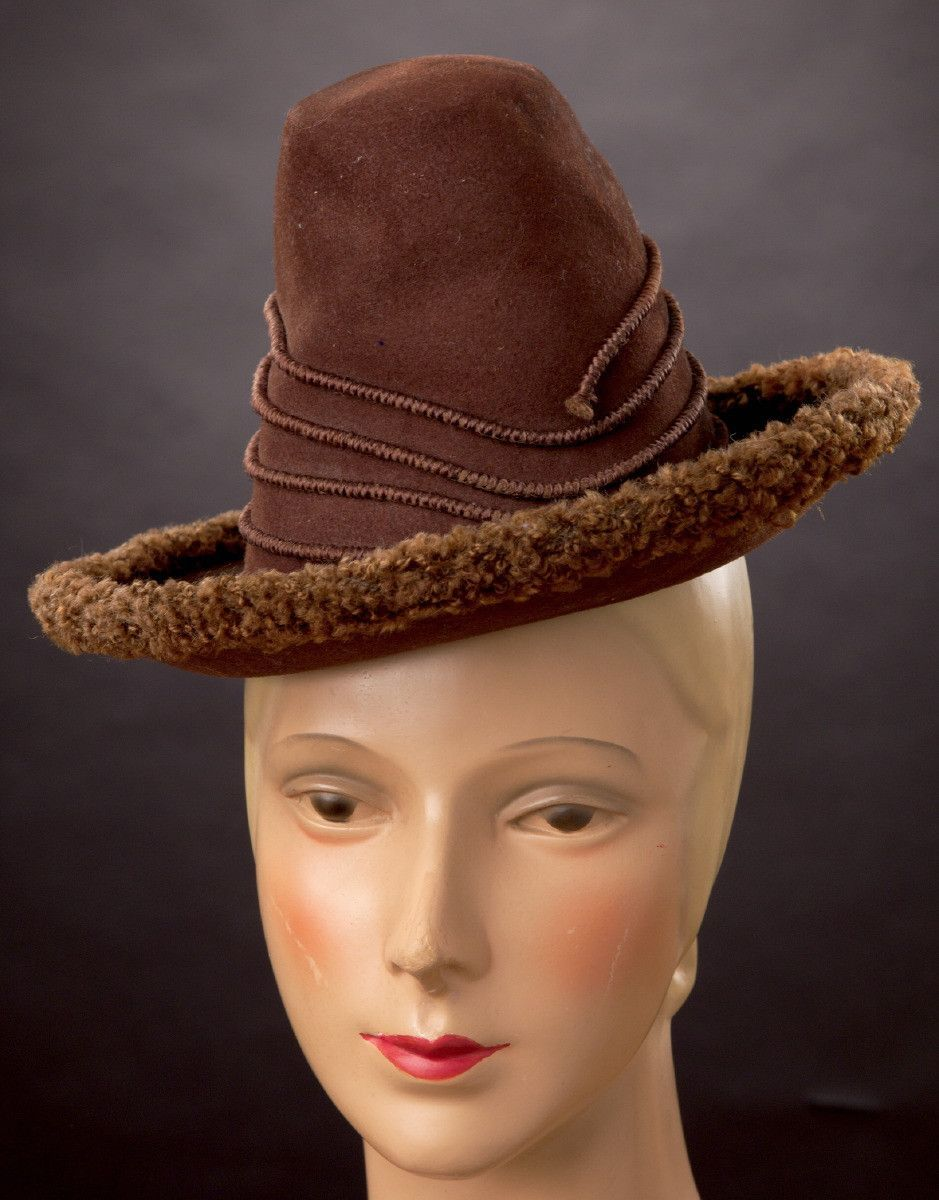 Victorian, 1890s amazing hat this one. A pretty rare example of this riding hat called a Rubens in France or a Rembrandt in England where it was also called a Van Dyke. The shape is also very similar