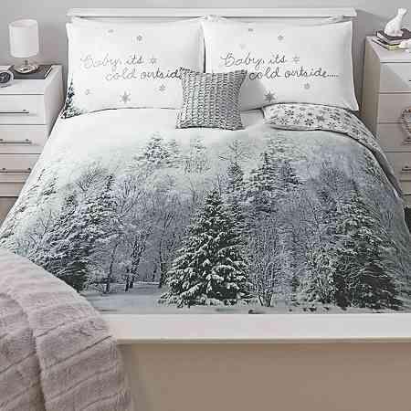 CHRISTMAS TREE BAUBLES FLYING SANTA SNOWY NIGHT GREEN BLUE KING SIZE DUVET COVER