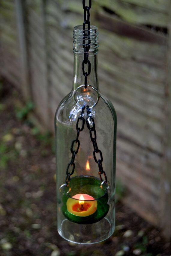 lanterne de bouteille de vin la main par rebelia sur etsy ext rieur pinterest lanternes. Black Bedroom Furniture Sets. Home Design Ideas