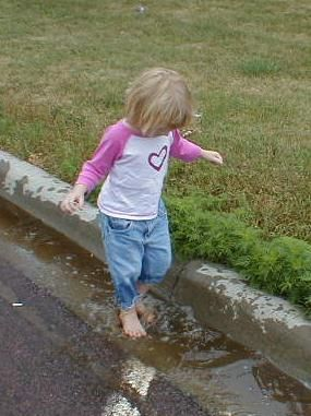 What should a 4 year old know? One of the best parenting articles I've read. I'm often worried about whether my daughter is behind in some skills sets because she doesn't go to pre-school.