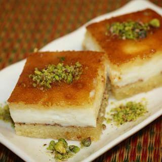 الذ الاطبآق Rahf Cooking مقادير البسبوسهب Instagram Photo Websta Middle Eastern Desserts Middle Eastern Food Desserts Desserts