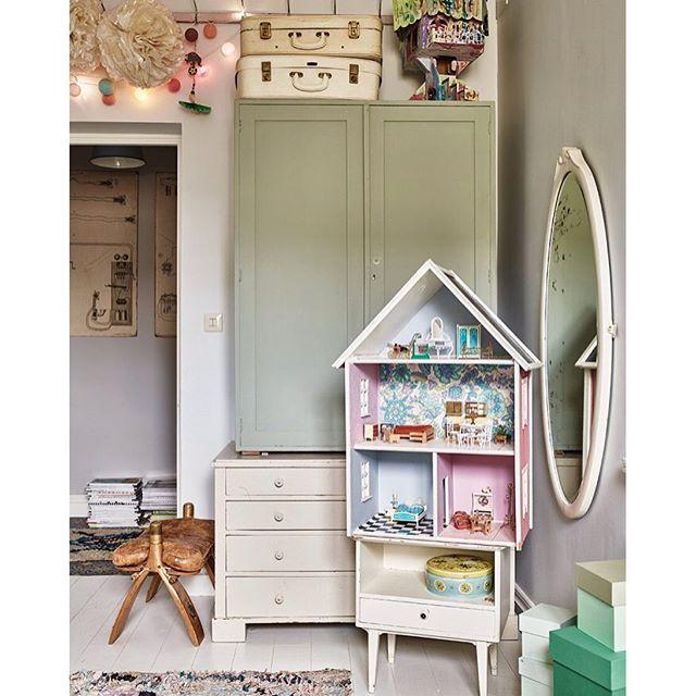 Op de blog: een echte vintage meisjeskamer! Link in bio ...