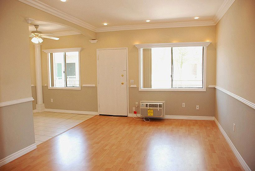 2 toned living room paint jobs | ... lighting with dimmers and 2 ...