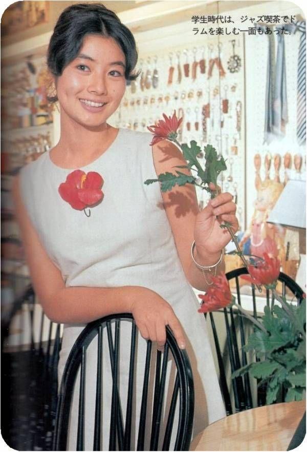 Fuji Sumiko (富司純子) 1945-. Japanese Actress. Fuji Junko 藤純子 | 藤純子. 映畫 ポスター. 映畫