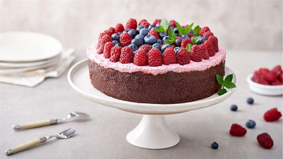 Czekoladowy Tort Weganski Z Domowym Kremem Orzechowym Przepis Recipe Vegan Sweets Healthy Sweets Sweets