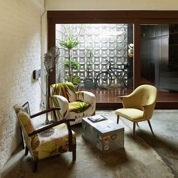 What to do with your mid-century finds? Ideas fro a Singapore loft, by award winning studio called Farm.