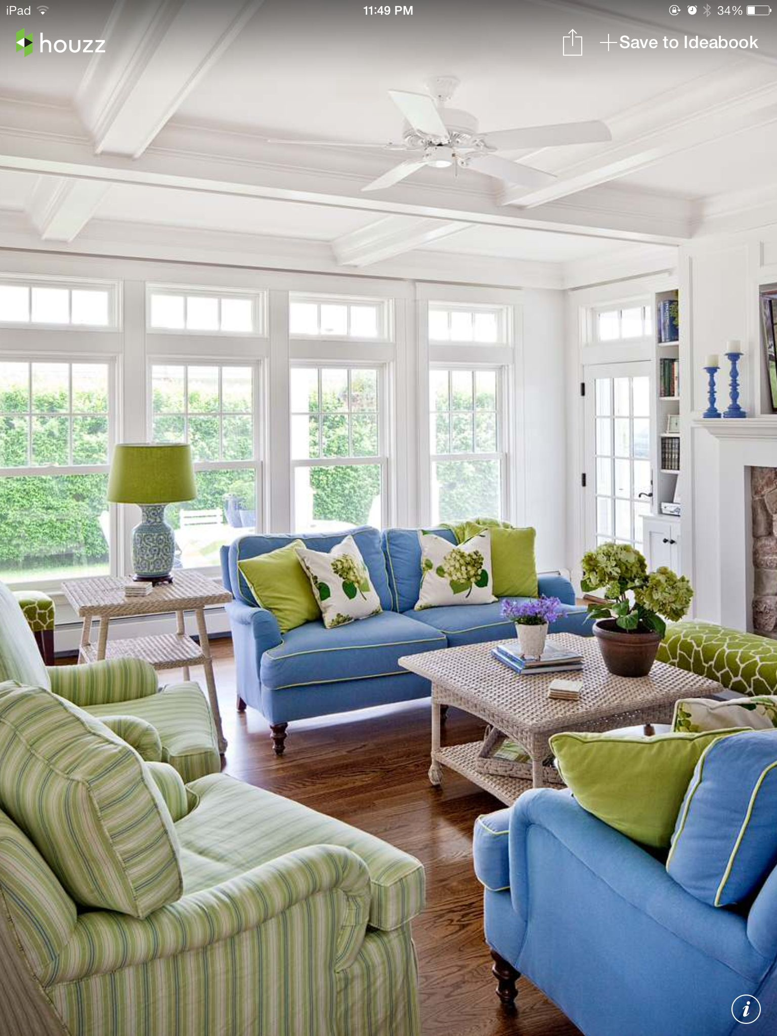 Such A Nicely Decorated Room Blue And Green Living Room Coastal Living Rooms Living Room Green