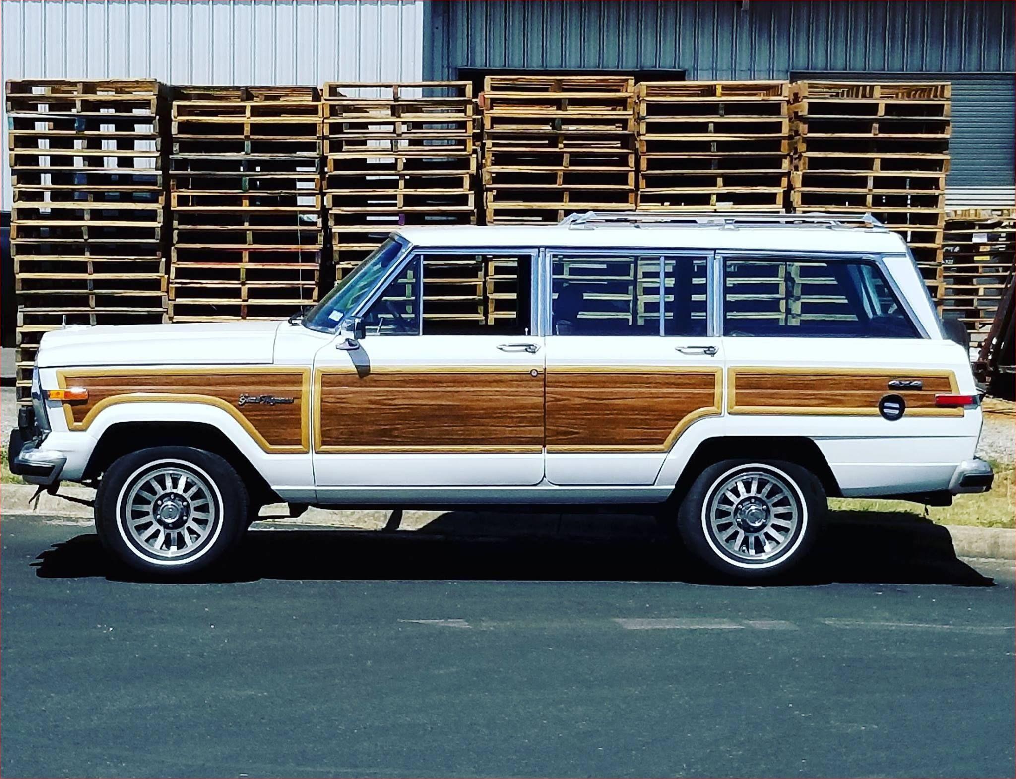 New Vintage Jeep Wagoneer Wood Paneling Jeep Wagoneer Vintage Jeep Jeep