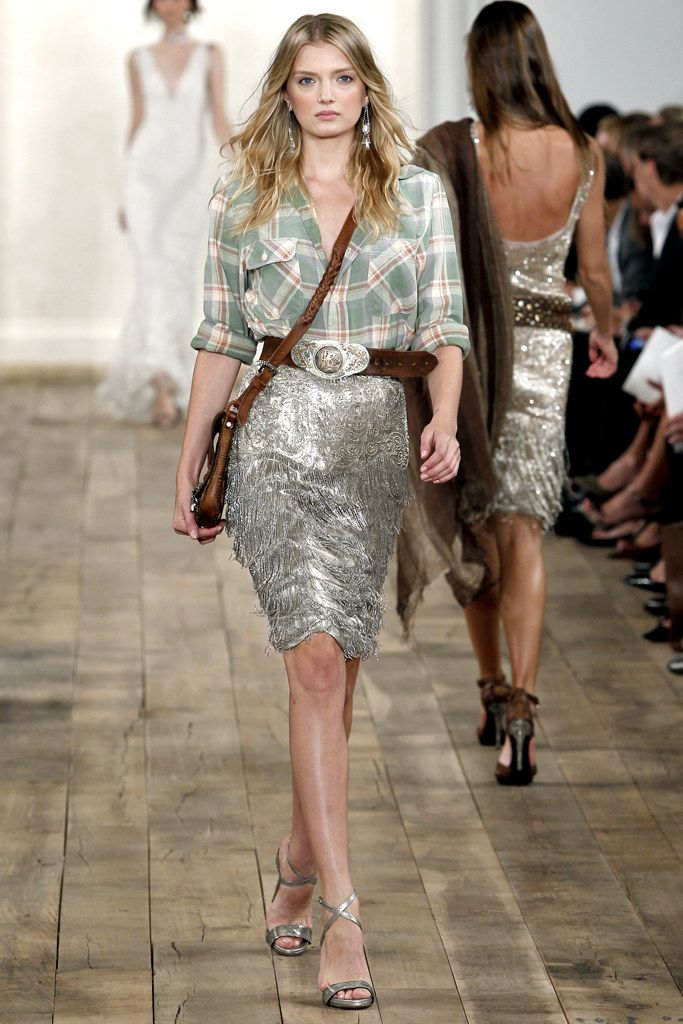 1f0038327cc8 Ralph Lauren Spring 2011 Ready-to-Wear Fashion Show - Lily Donaldson