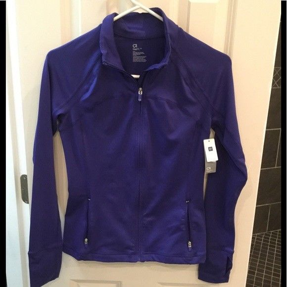 d1be91e18d NWT New Gap Fit Purple Zip Front Jacket Sweatshirt. Size XS ...