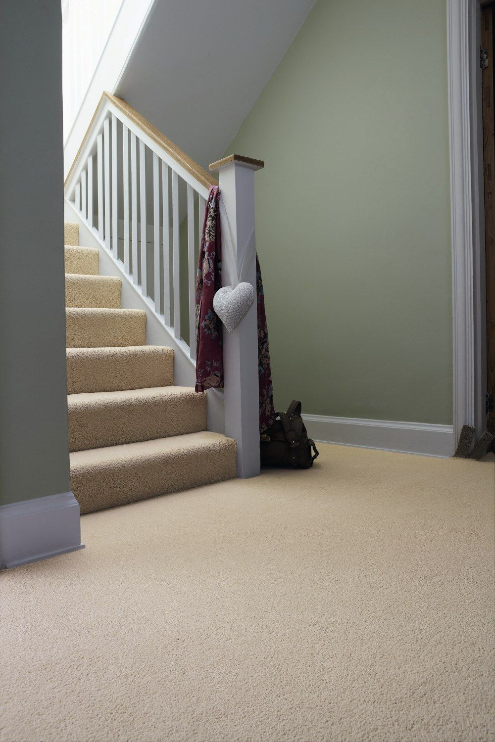 Best Neutral Carpet Green Walls Living Room Carpet Hallway 640 x 480