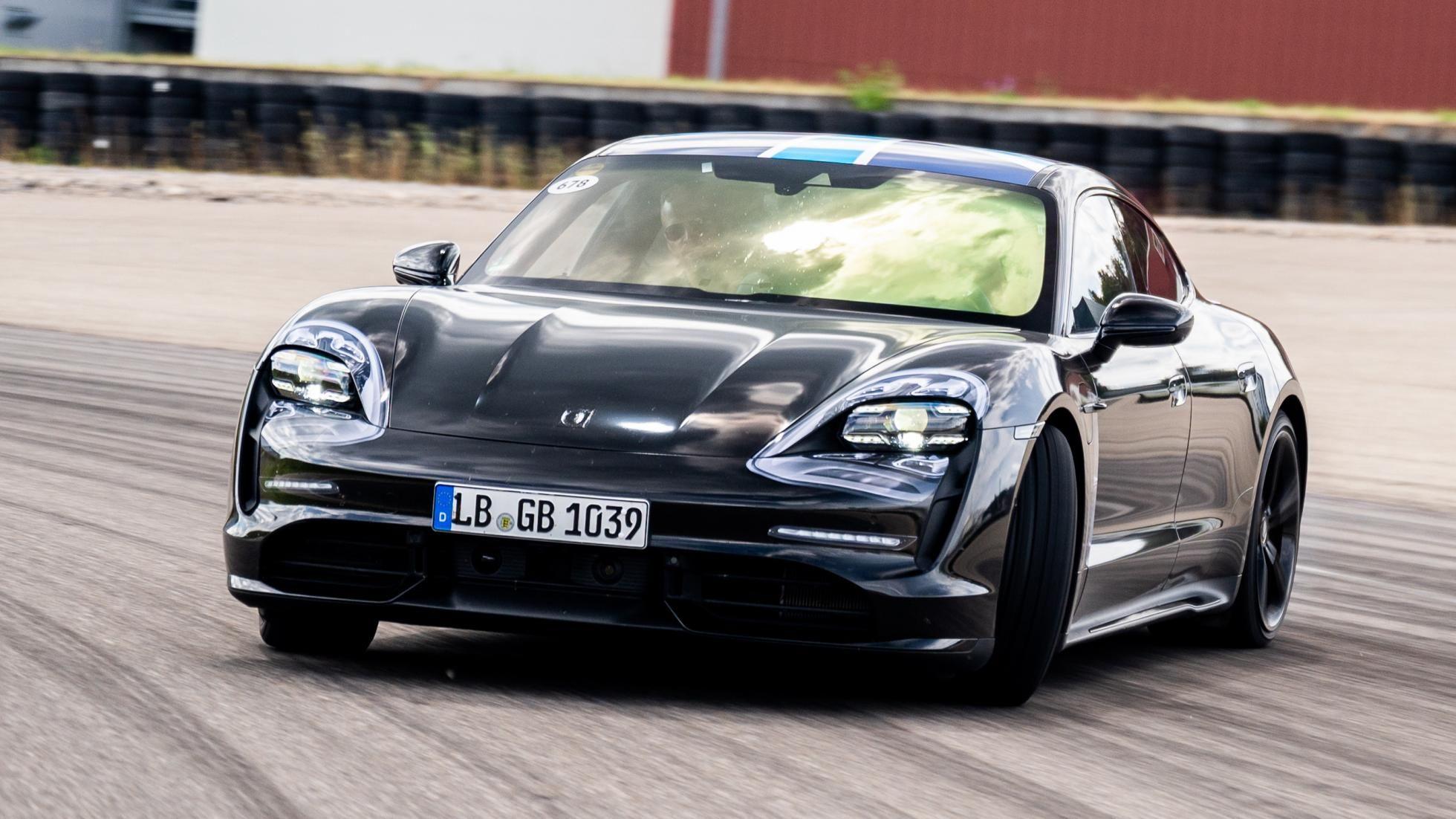 Zo Rijdt De Elektrische Porsche Taycan 0 100 In 3 S Porsche