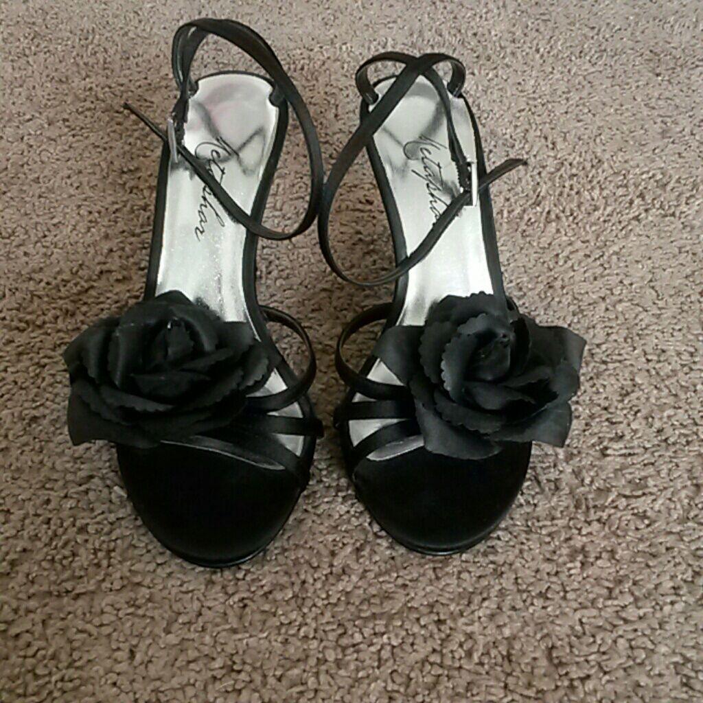 Metaphor Black Heels