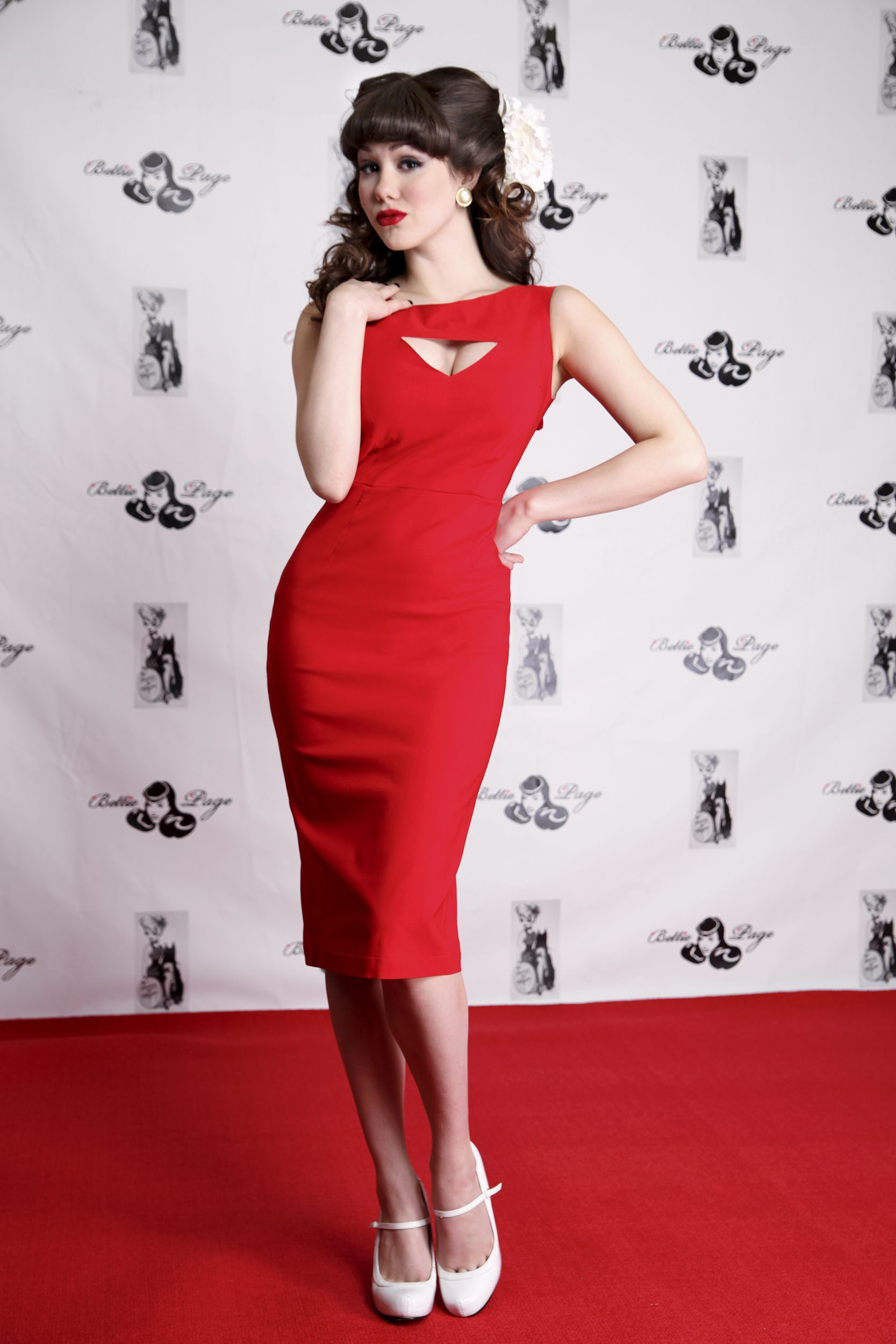 I absolutely love this dress megan pencil red bettie page