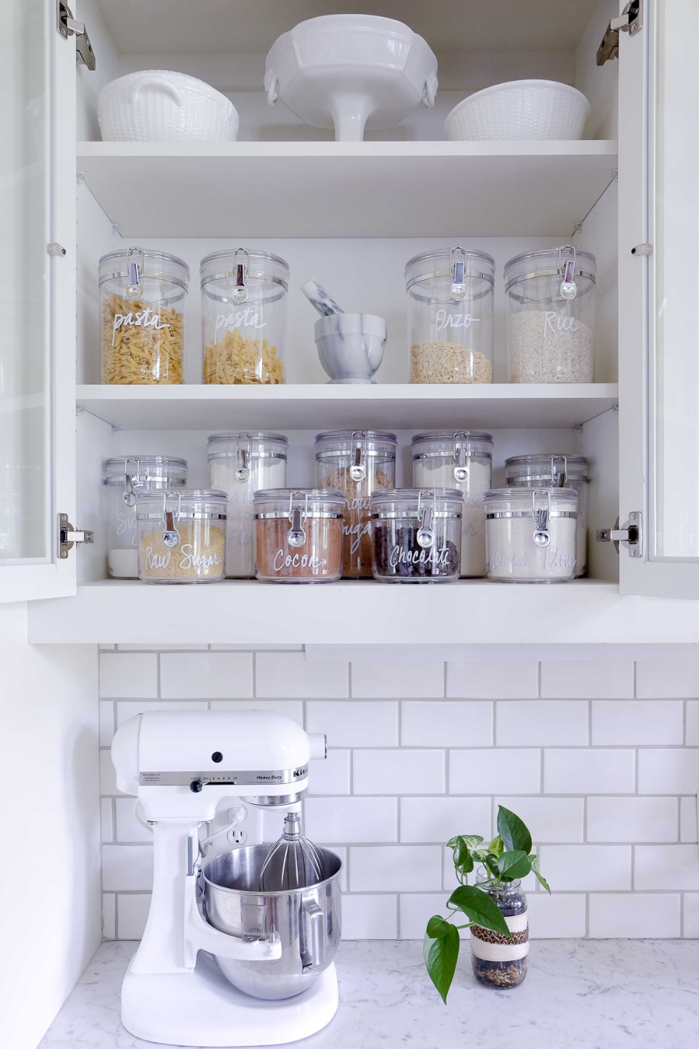 This Is The Home Edit S Guide To Organizing Your Kitchen In 2020 The Home Edit Kitchen Plans Kitchen Models
