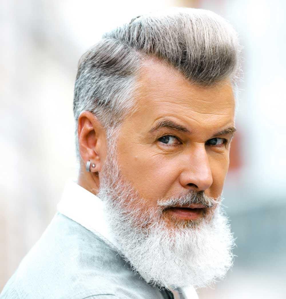 Taglio capelli grigi uomo