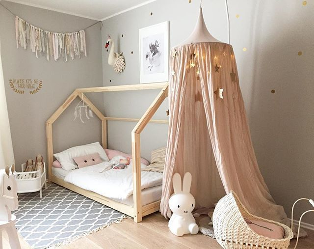 gorgeous blush and grey girl 39 s room girl 39 s room pinterest kinderzimmer kinderzimmer. Black Bedroom Furniture Sets. Home Design Ideas