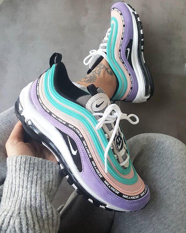 Nike Air Max 97 en 2020 | Zapatos nike mujer, Zapatos tenis ...