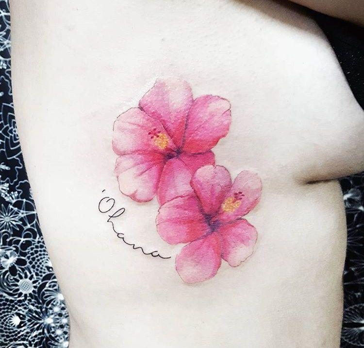 Fiori Hawaiani Tattoo.Pin Di Angelasirico Su Fiori Tatuaggi Frangipani Tatuaggi E Fiori
