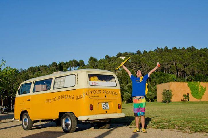 alquiler de furgonetas camper en barcelona vw t2 t4 campervan