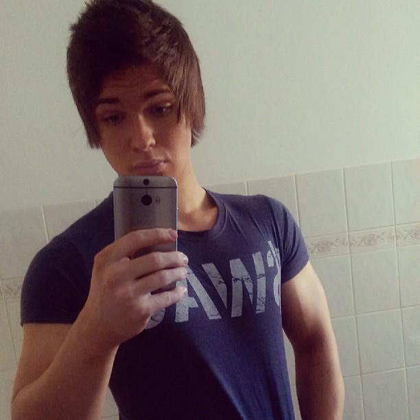 Ifbb Pro Ondrej Kratky Op Instagram Wag Shirt Shirt Swag Bro Muscles Fitness Gymshark Tan Hairstyle Czech Young T Shirts For Women Women Fashion