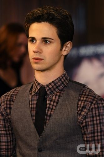 """""""While You Weren't Sleeping"""" -- Pictured Connor Paolo as Eric Van Der Woodsen in GOSSIP GIRL on THE CW. PHOTO CREDIT: NICOLE RIVELLI ©2010 The CW Network, LLC. All Rights Reserved"""