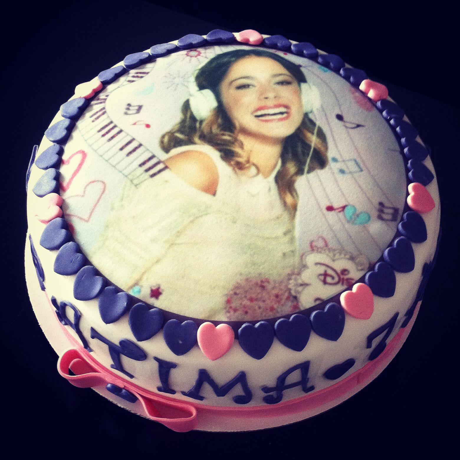 Violetta birthday cake