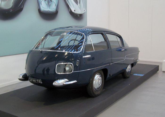 In vendita la Pininfarina X, la rivoluzionaria auto a rombo - Attualità - ANSA.it