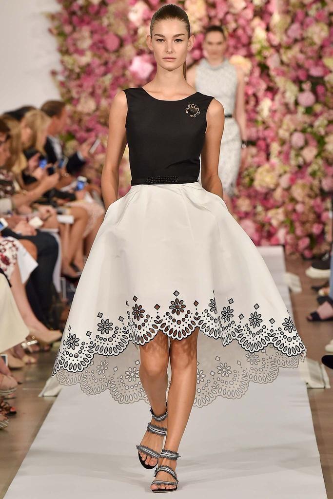 394f17ded Spring/Summer 2015 Ready-To-Wear: Oscar De La Renta Women's ...