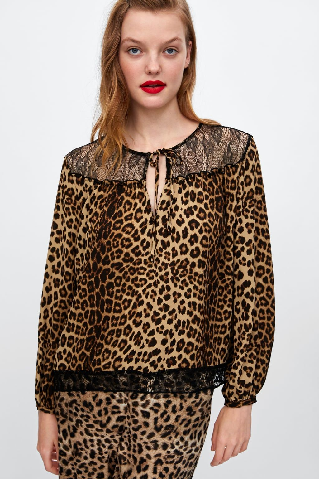 965d74141670d Image 3 of CONTRASTING ANIMAL PRINT TOP from Zara