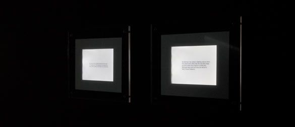 """Flickering Labels"" de Philippe Parreno dans son exposition « Anywhere, Anywhere Out of the World »"