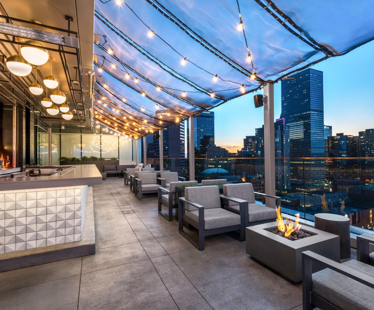 20 of the Greatest American Rooftop Bars for Outdoorsy ...