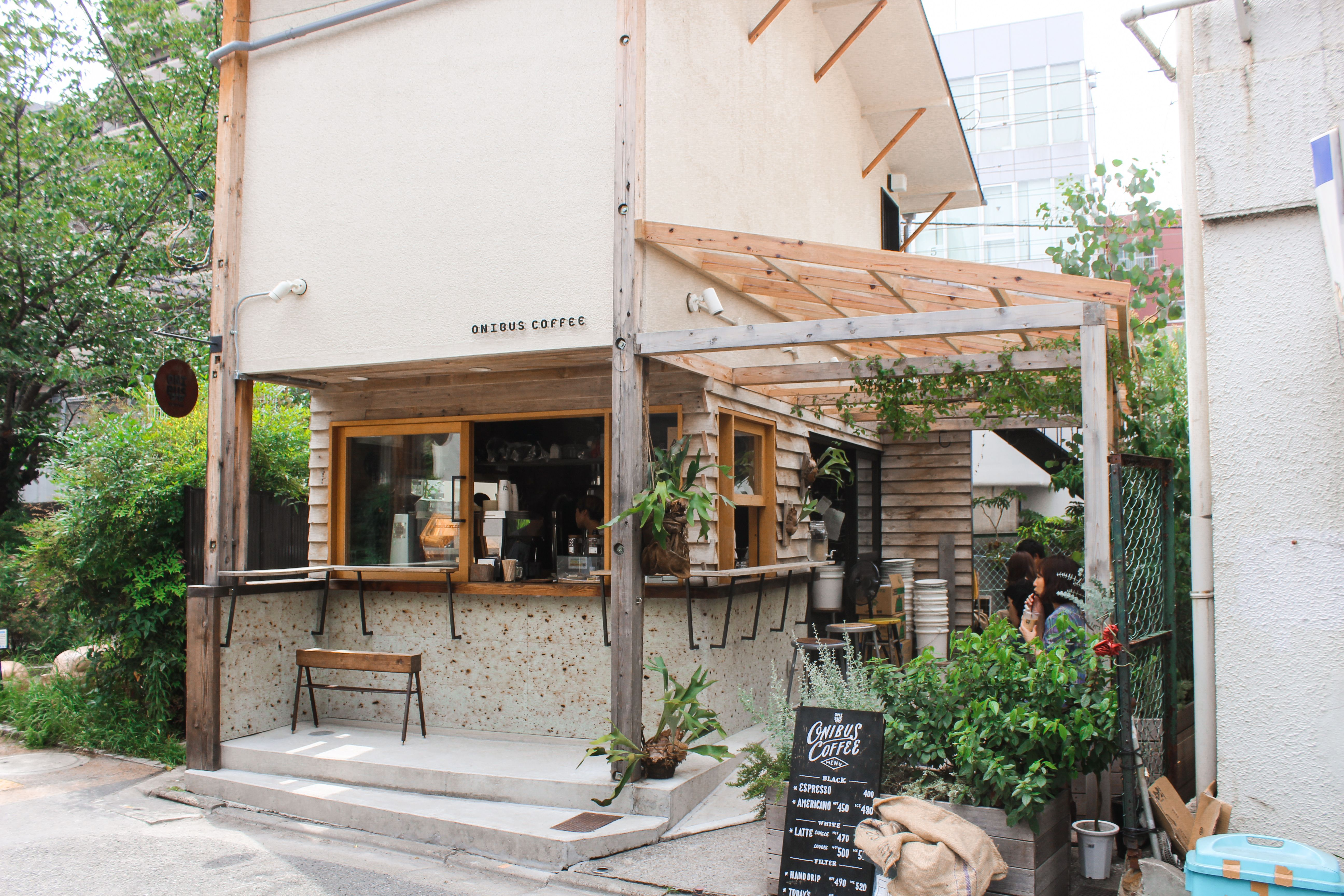 Top Instagram Worthy Coffee Shops In Tokyo Cafe Exterior Cafe Shop Design Coffee Shops Interior