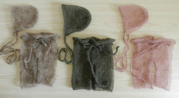 a8aaf14fd66 Knit baby pants and hat Newborn photo prop by MoonlightLittleKnits ...