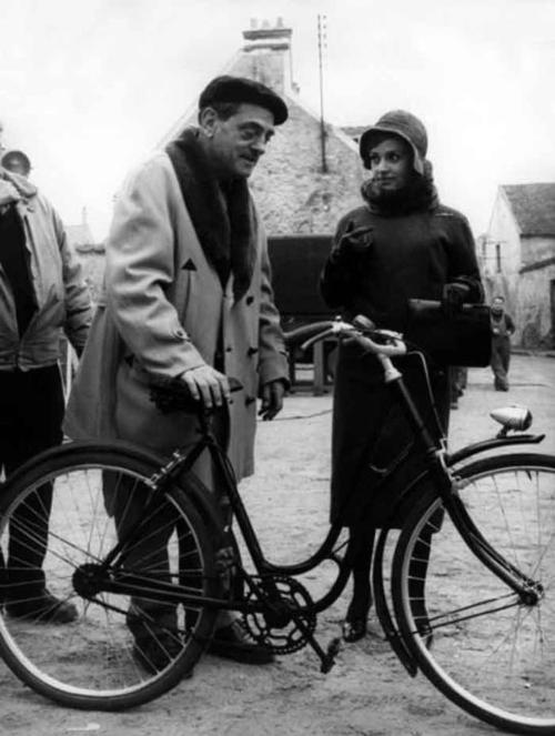 Luis Buñuel & Jeanne Moreau